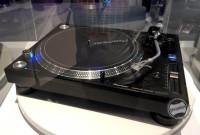 Pioneer unveils back to basics PLX 1000 turntable